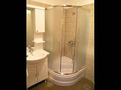 A3 (3): baño con inodoro