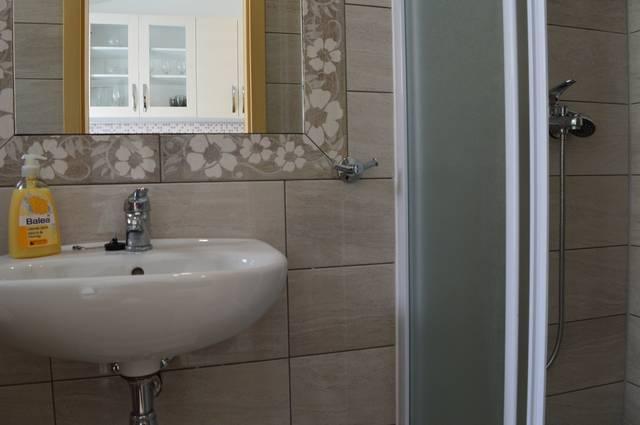 A3 (3): Bad mit WC