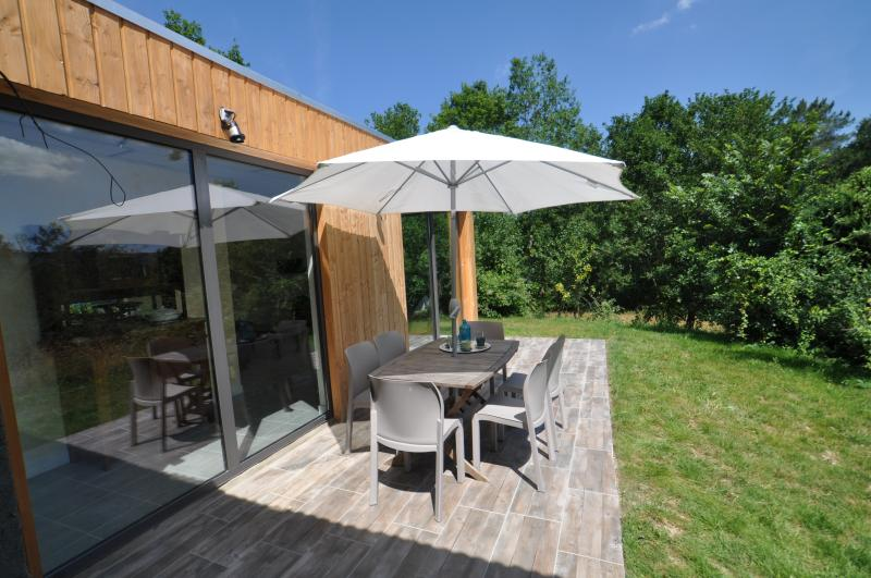 Enjoy your private terrace and garden in the morning sun