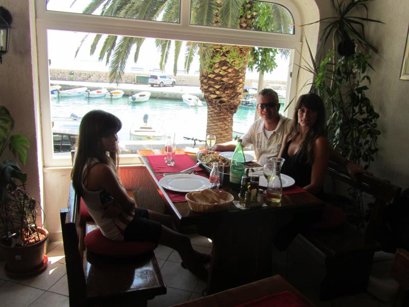 Local restaurants such as restaurant lanterna offer excellent local dishes (200m from Casa Milolaza)