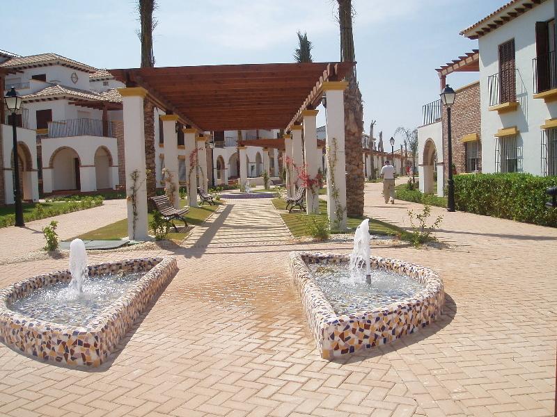Pristine 2 Bed 2 Bath ground floor Ap'tmt  SPAIN, location de vacances à Puerto Rey