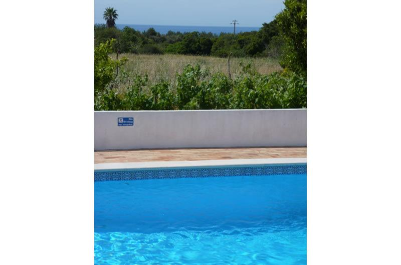 Peacefully located in the countryside, on the outskirts of Carvoeiro