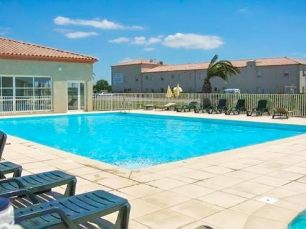 Amazing house with shared pool, holiday rental in Gallargues-le-Montueux