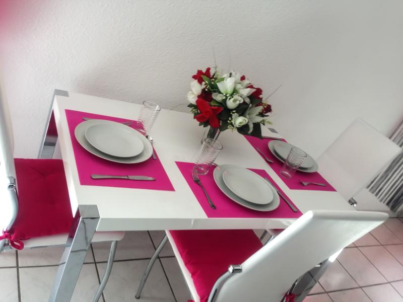 Amazing apartment with terrace, vacation rental in Pennautier