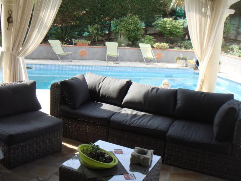 Villa Fréjus Cote d azur Villa avec piscine  8P, vacation rental in Fréjus