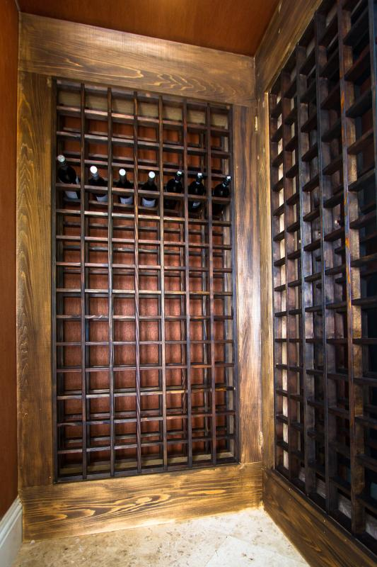 Keep your delicious wines perfectly chilled in the wine cellar.