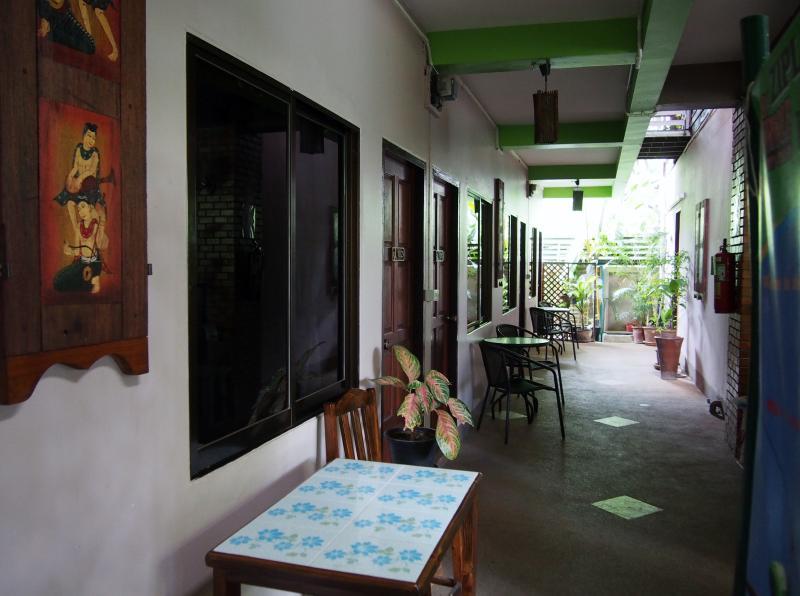 Baitong Homestay, vacation rental in Haiya