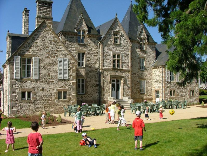 Château du Bourg, holiday rental in Herce