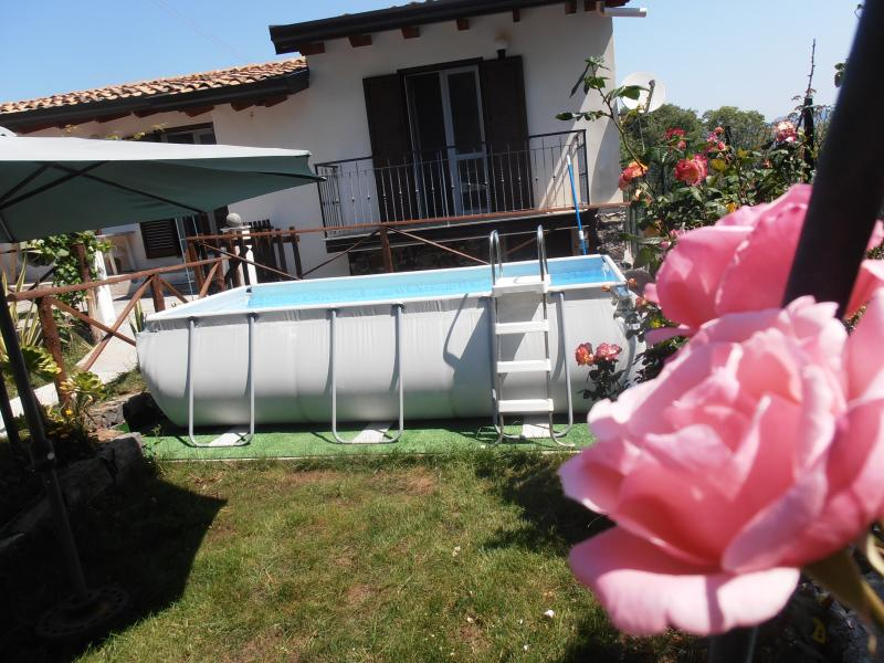 La Rosa Dell'Etna, holiday rental in Santa Domenica Vittoria