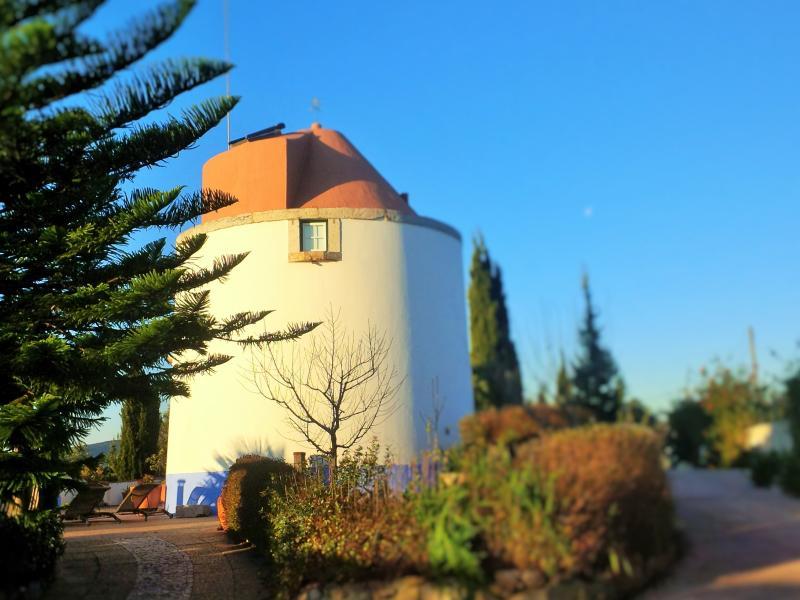 Romántico molino en Parque ..., location de vacances à Setubal District