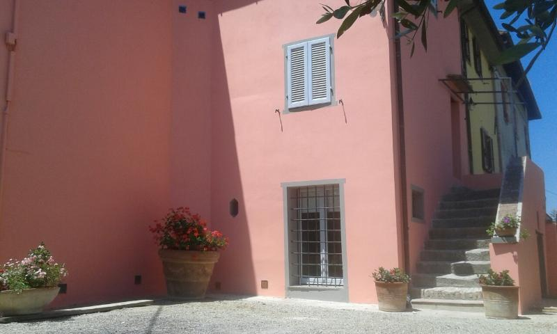 Apartment 'Leonardo'in cortona's country (2bd), location de vacances à Cortona