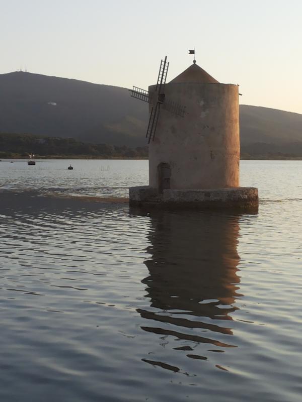 IL'antico mulino nella laguna di Orbetello!