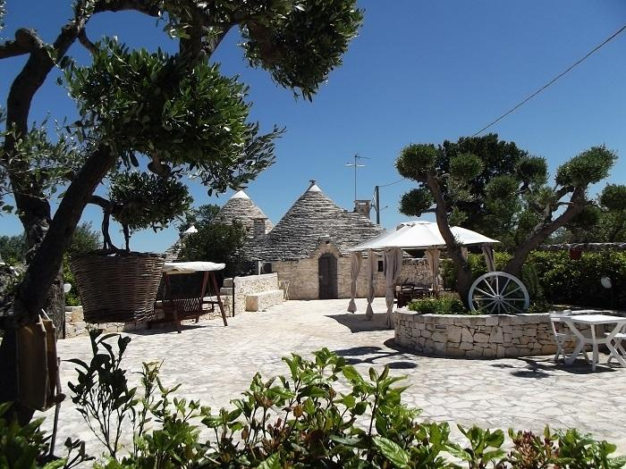 TRULLO CON PISCINA, vacation rental in Alberobello