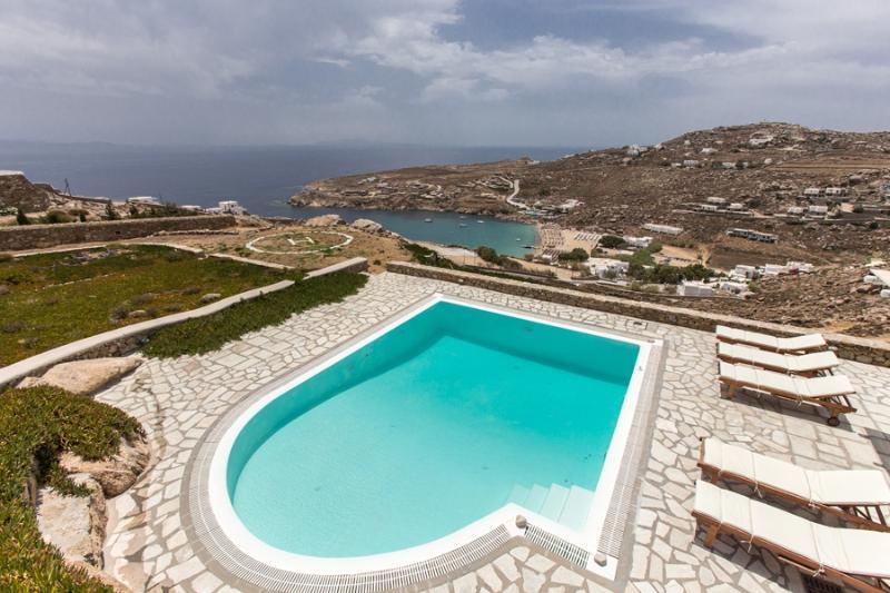Villa Rhenianos II Renting villas on Mykonos with **************, casa vacanza a Agios Sostis