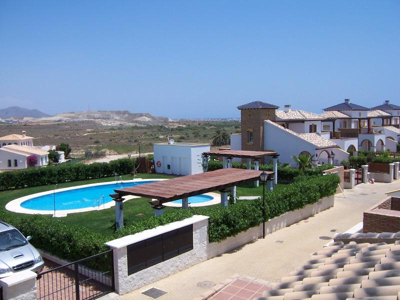 Nice villa with shared pool, holiday rental in Almeria