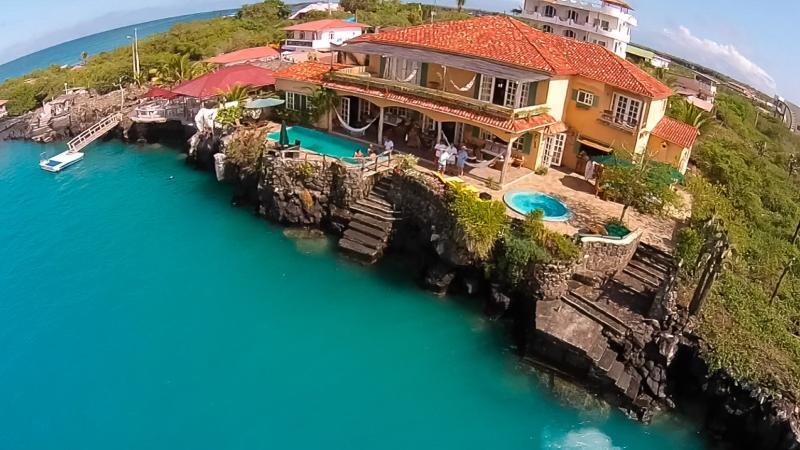 Galapagos Villa - Casa La Iguana, location de vacances à Puerto Ayora