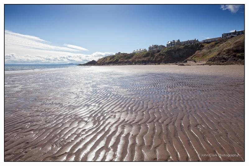 Kinghorn Harbour Beach