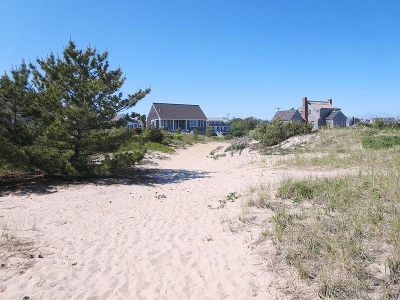 Welcome to Seashell Beach Cottage - On the beach! - 47 Little Beach Road Chatham Cape Cod New England Vacation Rentals