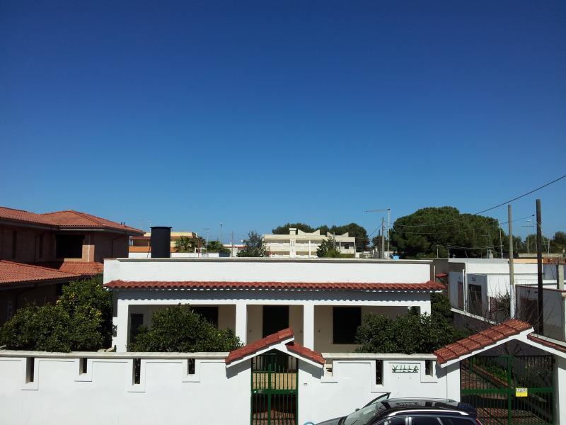 VILLA LORY TORRE OVO, holiday rental in Monacizzo-Librari-Truglione