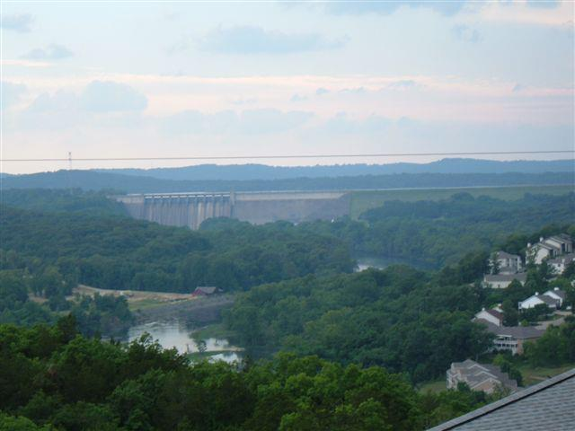 Cedars Rest - Luxury Flat with Spectacular Views!, holiday rental in Branson