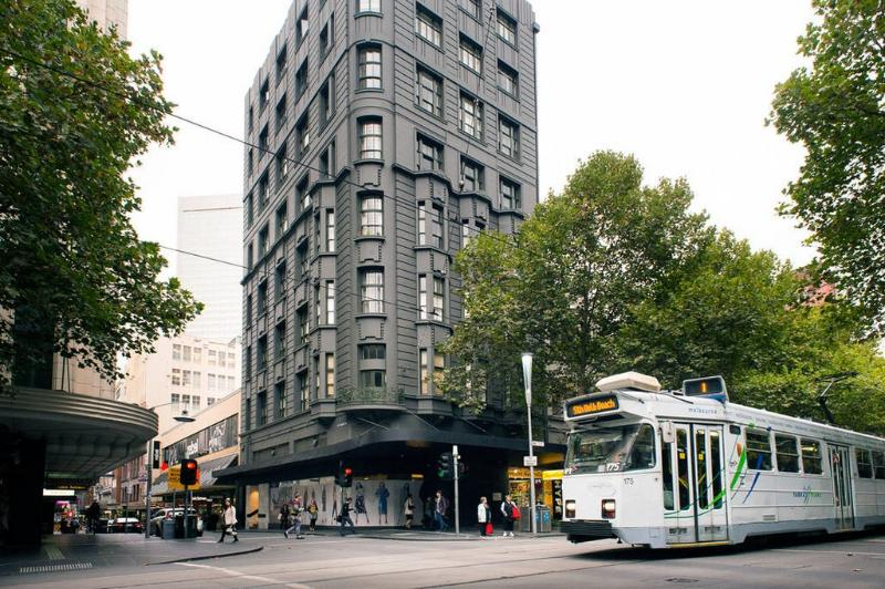 Review Of Melbourne City Art Deco Apartment Heritage Listed Building In A Perfect Inner Location