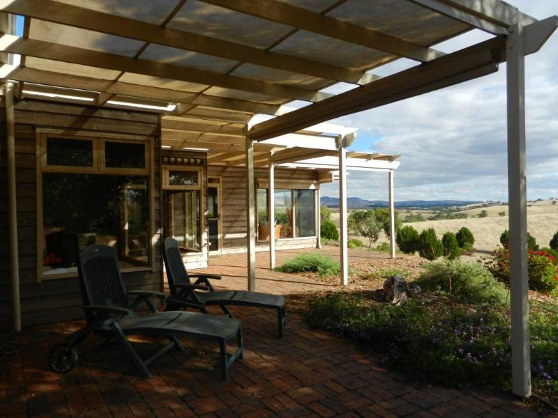 Creeve Roe - Book now for huge discounts so you can come and enjoy the view, holiday rental in Barossa Valley