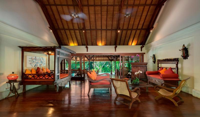 Villa Frangipani Indoor Living Room, main building