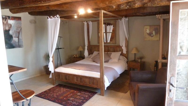 ferme de simondon, holiday rental in Bourg-les-Valence