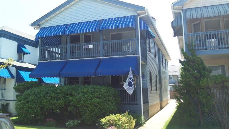 347 Asbury Avenue 2nd Floor 112035, vacation rental in Somers Point