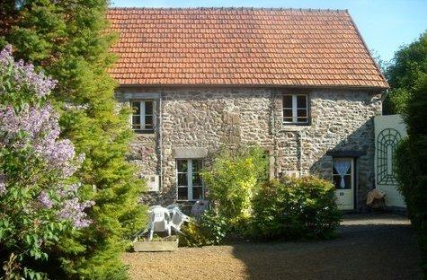 Pretty Gite (1) in peaceful location Normandy, vacation rental in Montaigu-les-Bois