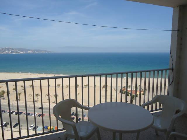 APARTMENT WITH A SEA VIEW -A011 / HUGT-018856, alquiler de vacaciones en Empuriabrava