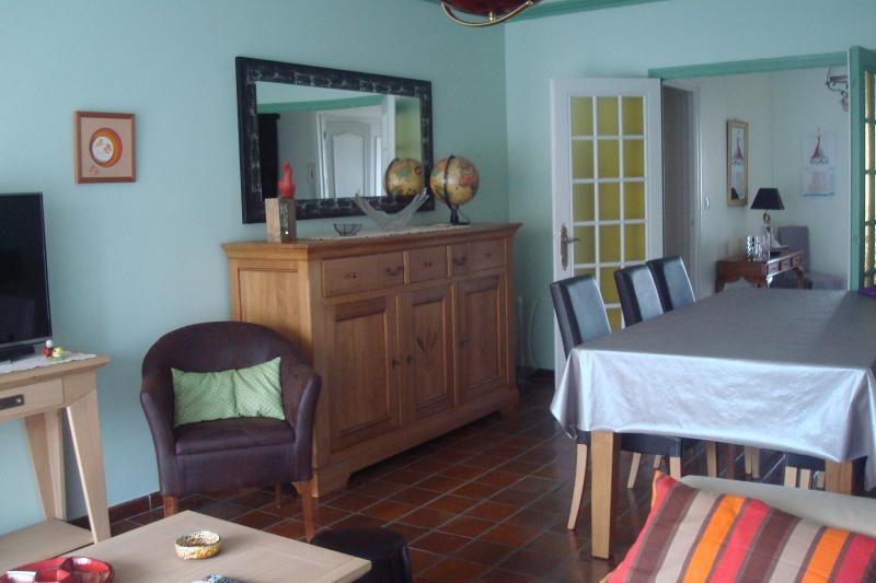 Appartement 5 pers, bien situé, en centre ville, vacation rental in Thonon-les-Bains