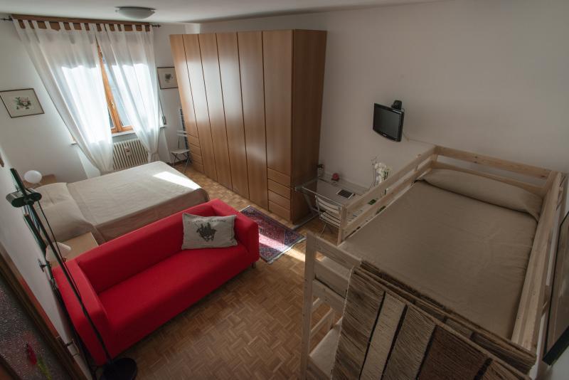 Casa vacanza La Vela, alquiler vacacional en Province of Bergamo