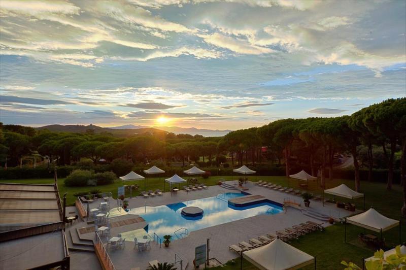 piscina de la puesta del sol