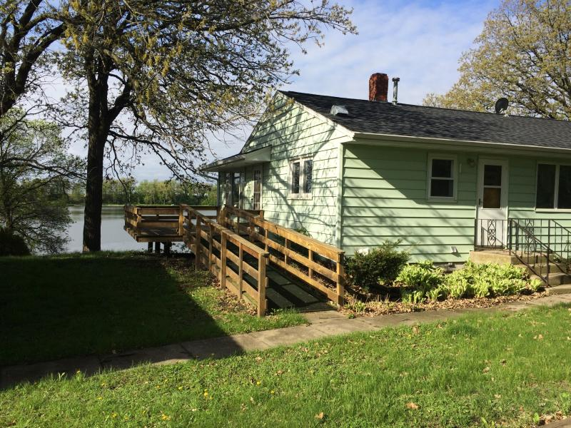 Quiet Lake Home Near Alexandria Mn Has Central Heating