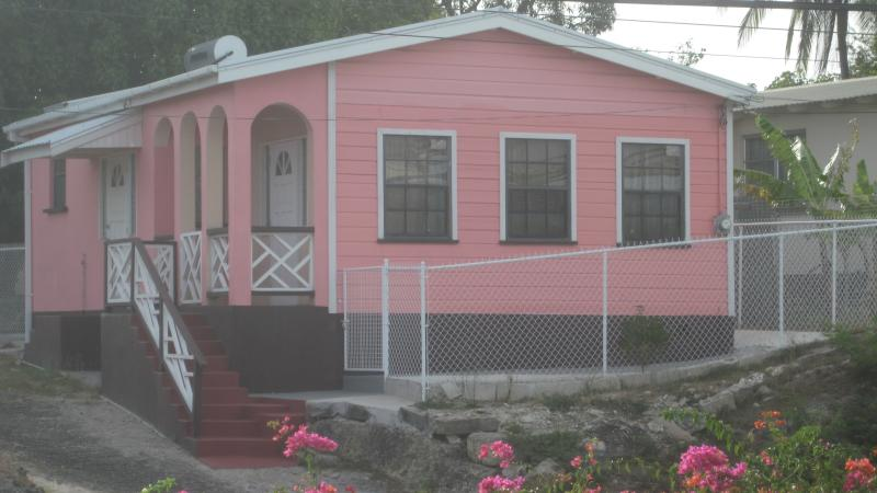 Adonis House in Green Hill St Michael, Ferienwohnung in Bridgetown