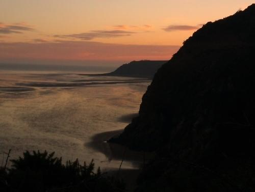 Sandyhills to Rockcliffe coastal walk - walk from Criffel Lodge, get the bus back