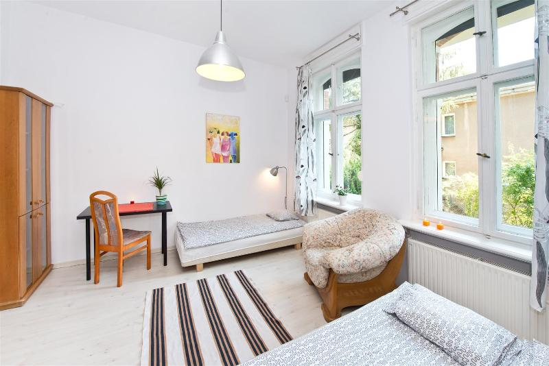 COSY Apartment Anders - SOPOT Center with Garden !, holiday rental in Zukowo