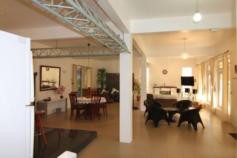 Spacieux Villa-En Duplex PROMO APRIL/JUNE  2020 £75 (PEREYBERE)., holiday rental in Riviere du Rempart District