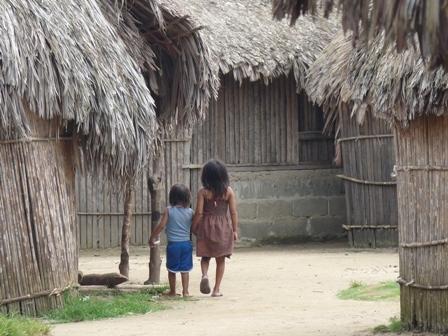 Conoce las tradiciones y cultura de los indios Kuna que habitan Guna Yala o las Islas de San Blas