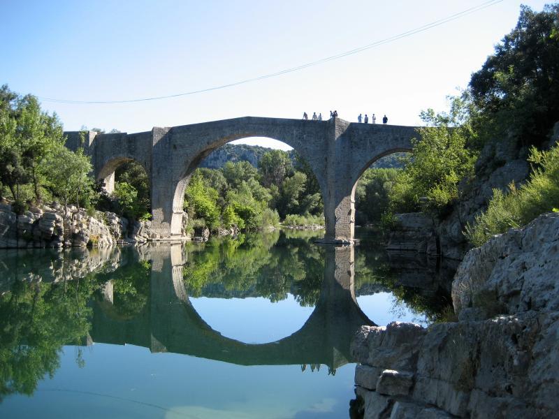 Puente sobre el Hérault
