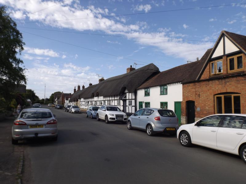Main Strret, Offenham, Britain's longest row of thatched cottages