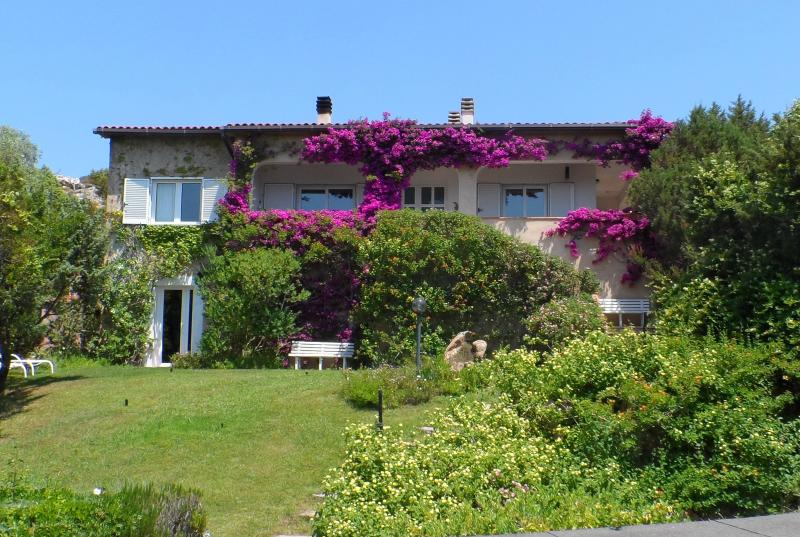 La casa di Franco e Vanna, vacation rental in Arzachena