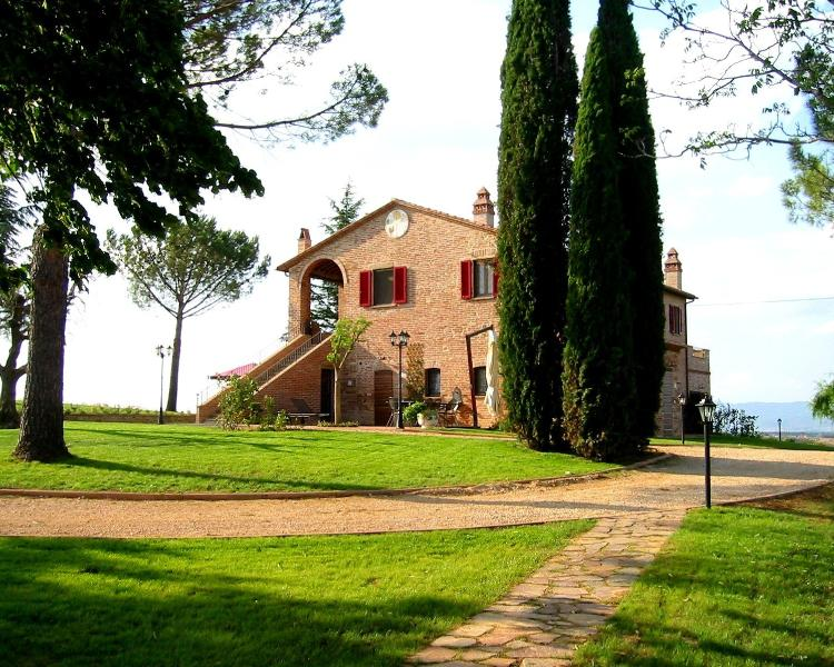 Podere Fontegallo - Il Pino (2), location de vacances à Gioiella