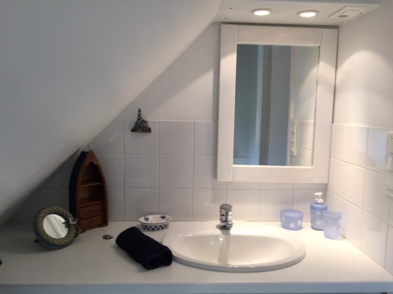 Bathroom floor bathroom -