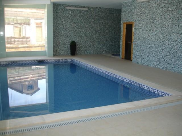 inside pool with jacuzzi