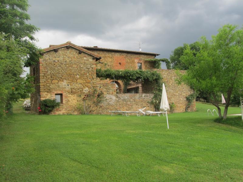 agriturismo campovecchio - Appartamento Cipresso, vacation rental in Castelnuovo Berardenga