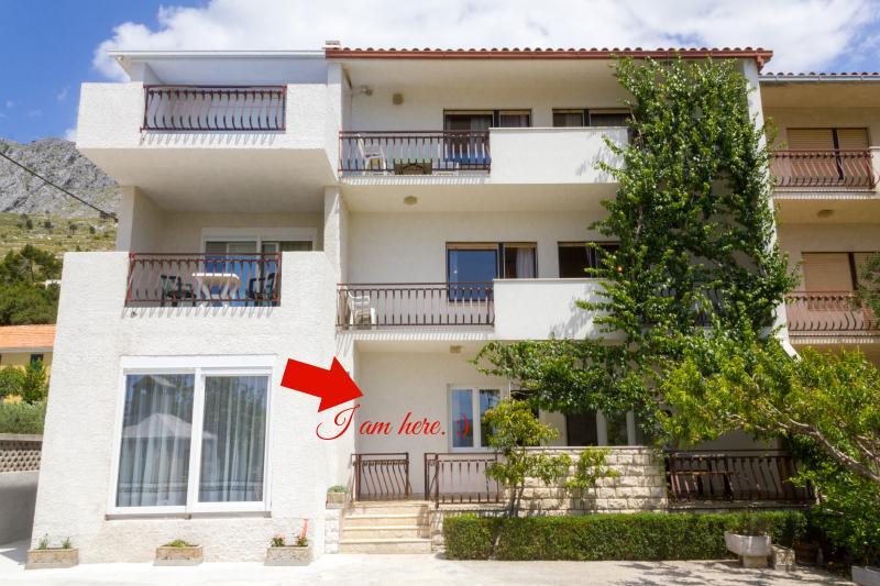 Location of 'Mediterranean rose' apartment.
