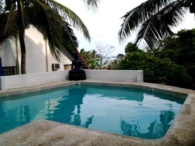 3.5 meters deep swimming pool