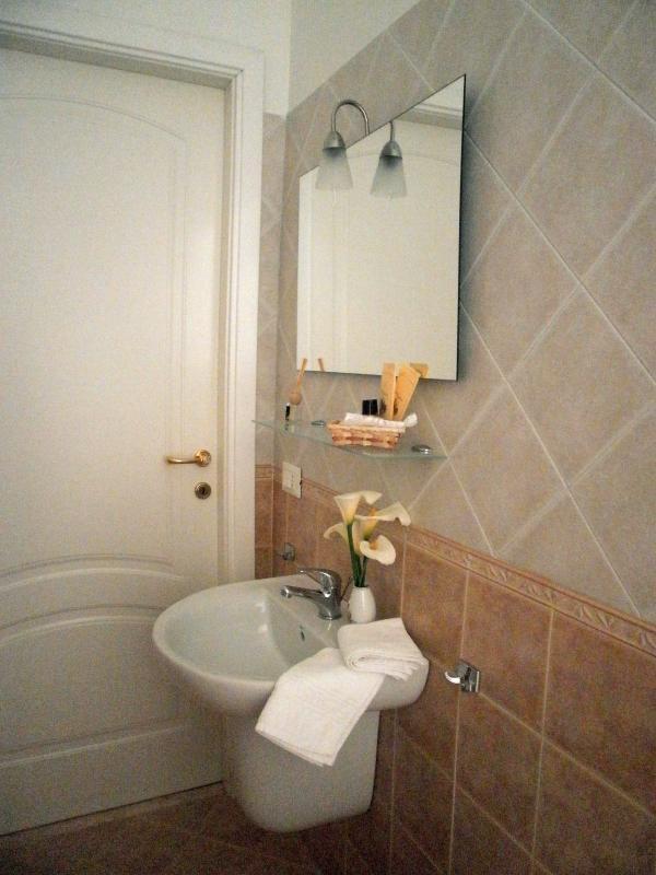 Il bagno della camera Ambra